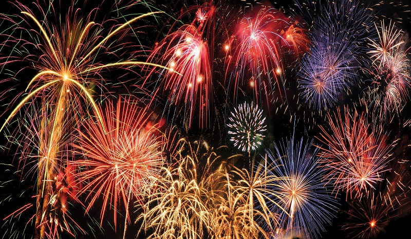 spectacular explosions: fireworks
